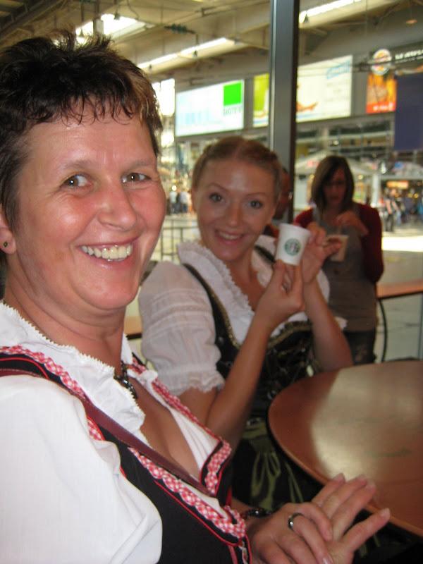 KORNMESSER BEIM OKTOBERFEST 2009 032.JPG