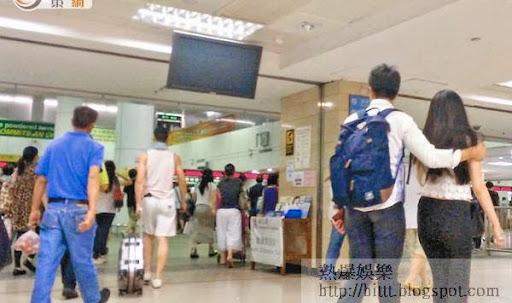 口岸鬆懈<br>羅湖口岸未見有職員識別持有受影響國家護照赴港的旅客。