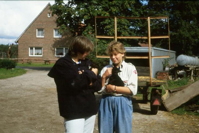 1985-1994 - 254-.jpg