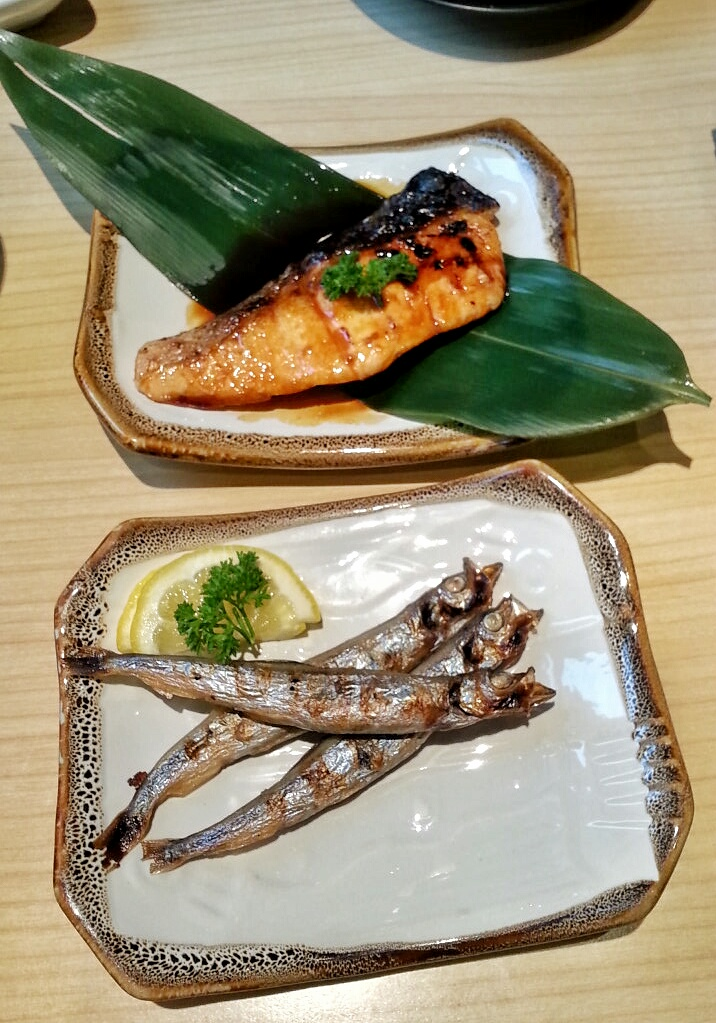 gostan sikit tabletop grilled octopus and pregnant smelt