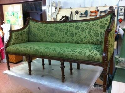 Vama divani blog ricopertura divani antichi e usati for Divani antichi usati