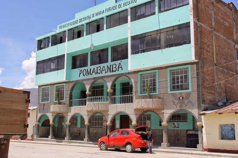 Pomabamba - Cerca a las Canteras de Piedra de Huamanga (Alabastro)