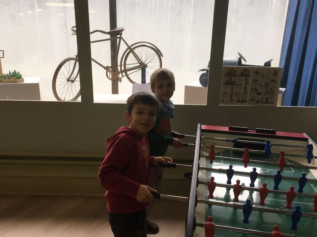 De Knetters gaan naar het speelgoedmuseum - IMG_5814.JPG