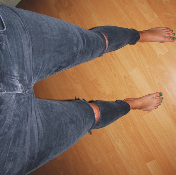 Ripped Jeans 4