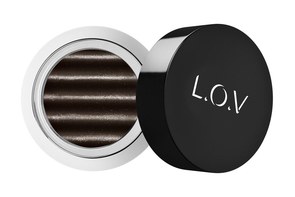 [LOV-EYETRACTION-magnetic-loose-eyeshadow-560-p1-os-300dpi%5B1%5D%5B4%5D]