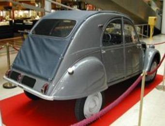 Citroën 1955 2 CV AZL lunette arrière