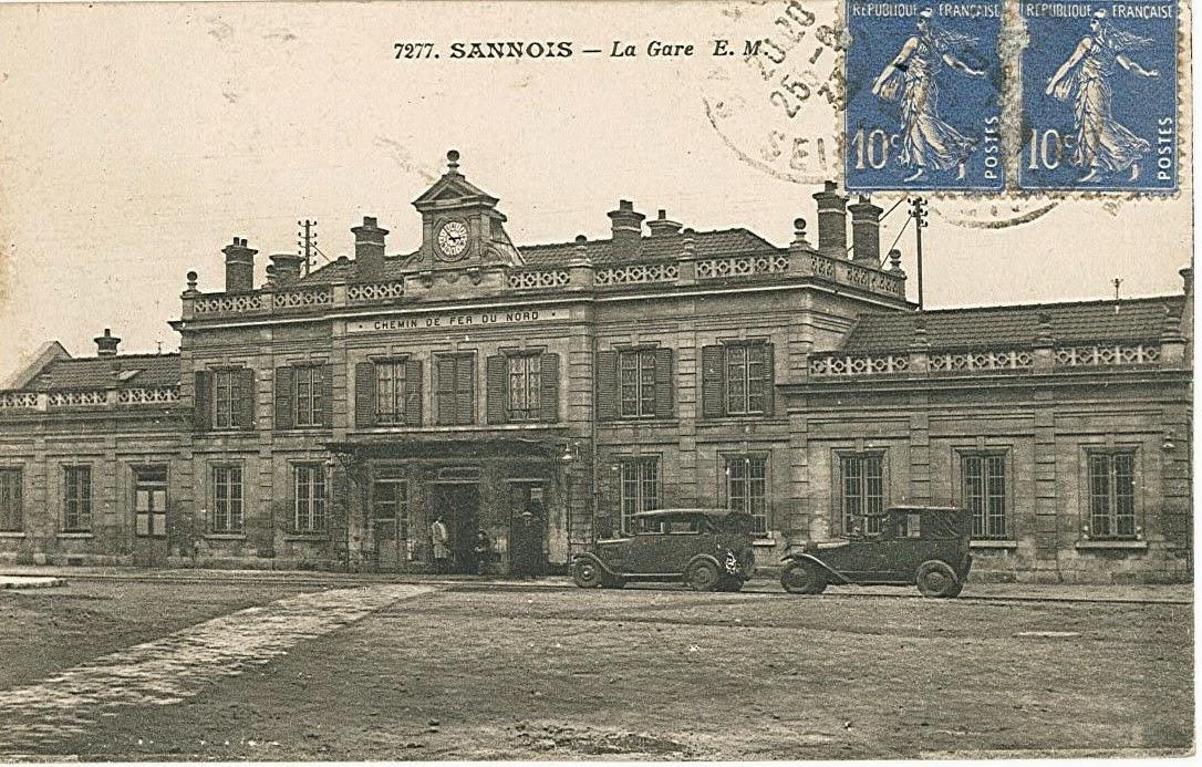 10 la gare vue de la place sannois carte postale ancienne cpa. Black Bedroom Furniture Sets. Home Design Ideas