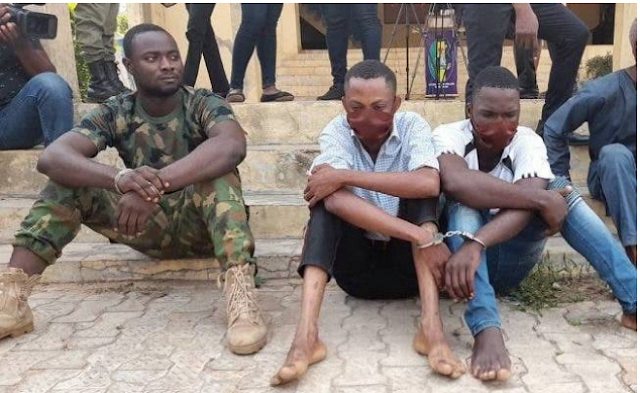 Nigerian Soldier And A Police Officer Arrested By The Police For Armed Robbery In Ondo State