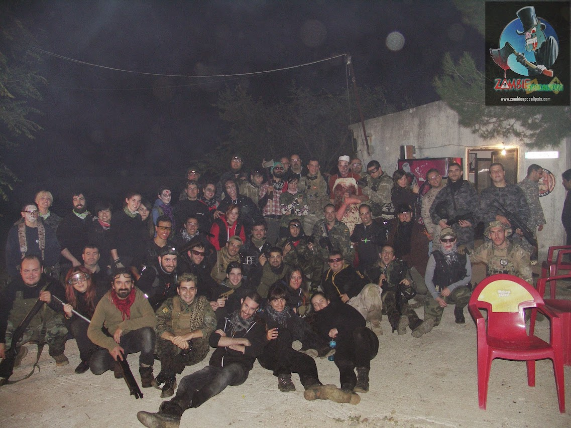ZOMBIE APOCALIPSIS. HALLOWEEN 2014. PICT0110-SMILE