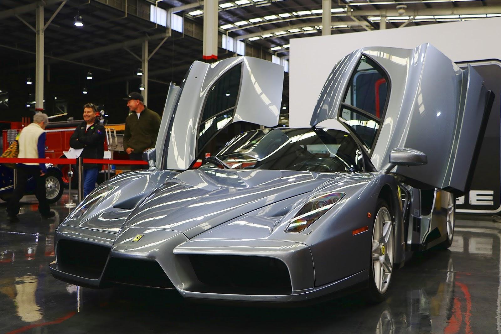 Ferrari Enzo (04).jpg