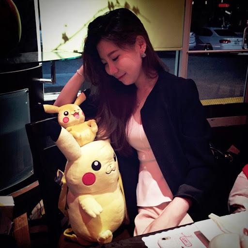 Lucy Xie Photo 22