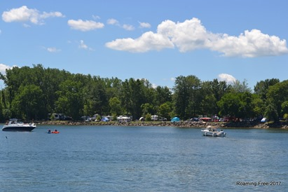 Campsites along the lake