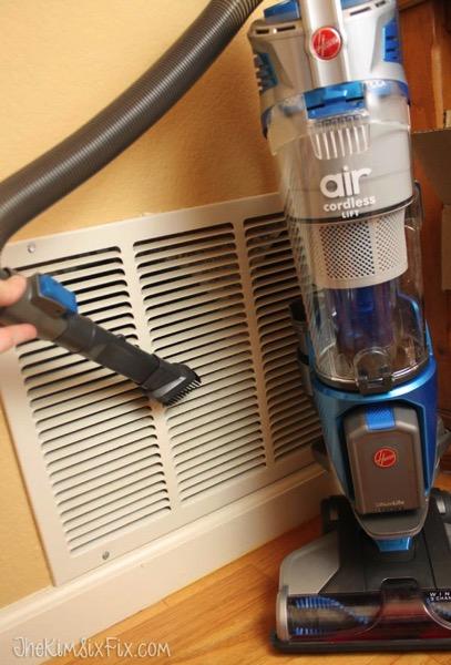 Vacuum air inlet