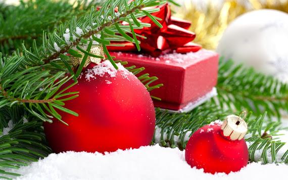 besplatne pozadine za desktop 1680x1050 free download blagdani Božić kuglice za bor snijeg