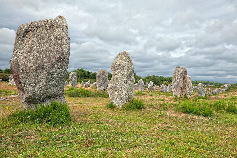 carnac-alignments-stone-10