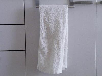 白くなったタオルをかける