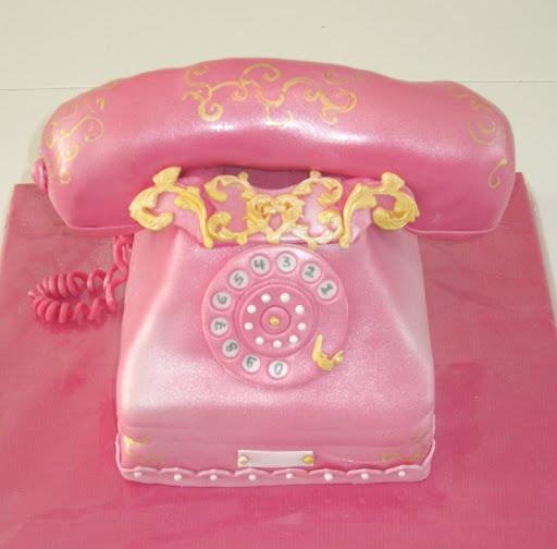 821- Telefoon taart retro.JPG