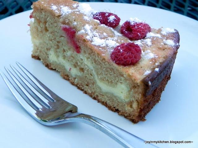 Raspberry Cream Cheese Coffee Cake Better Homes And Gardens