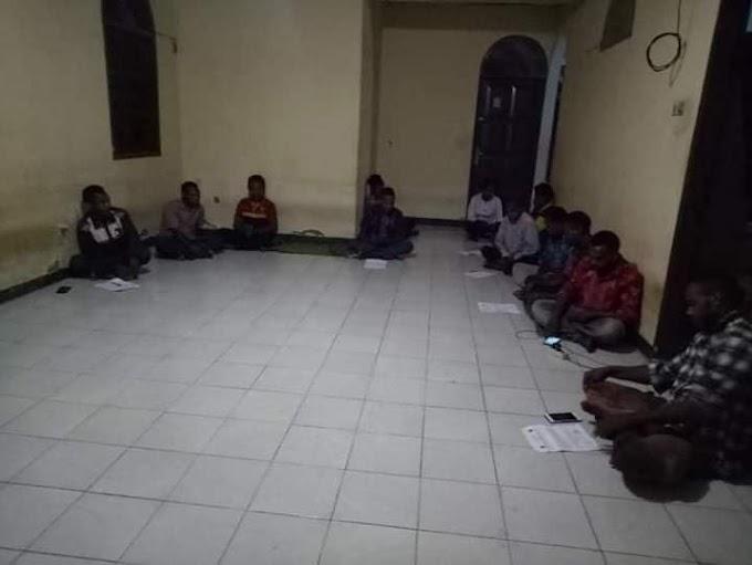 IPMADO Makassar Pertanyakan Pembagian BLT Pemka Dogiyai Yang Hingga Saat Ini Belum Dapat Hampir Semua Mahasiswa Asal Dogiyai.