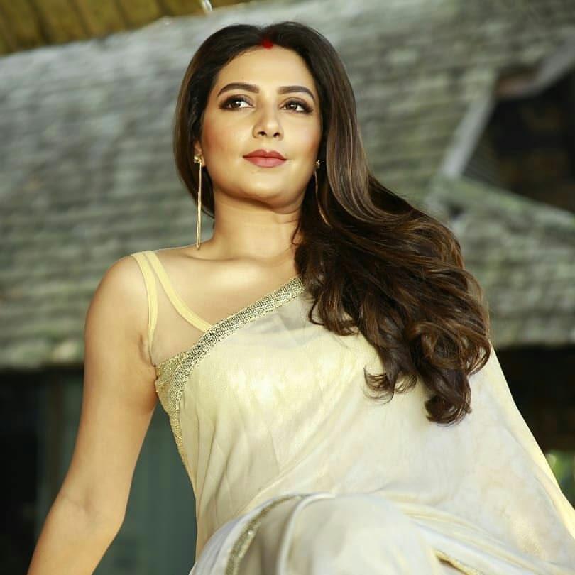 Subhashree Ganguly latest hot photos
