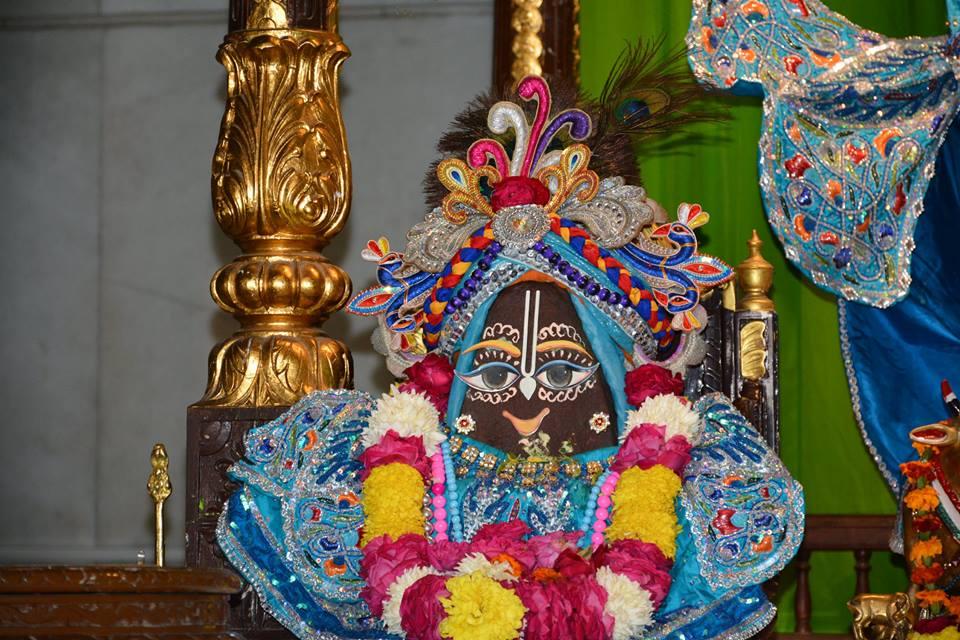 ISKCON Ujjain Deity Darshan 08 Jan 2016 (1)