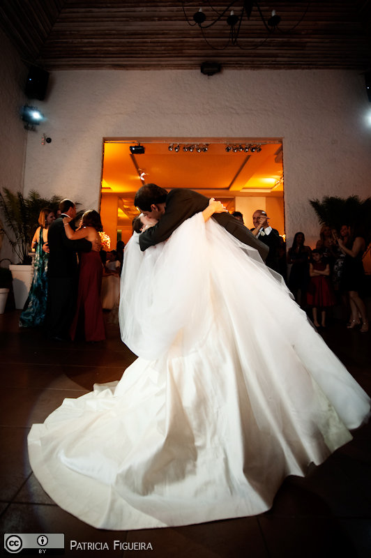 Foto de casamento 1758 de Nathalia e Fernando. Marcações: 04/12/2010, Casamento Nathalia e Fernando, Niteroi.