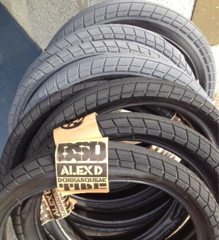 BSD donnasqueak tires