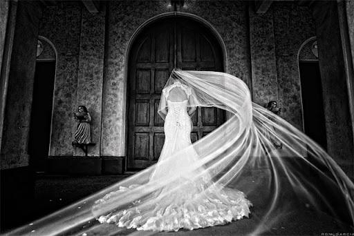 25 красиви и романтични сватбени снимки