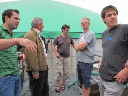 Een biogasinstallatie is een grote en technische installatie die heel wat deskundigheid vereist.