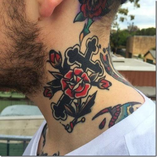 Tatuajes De Cruces En El Cuello