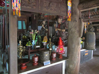 0014Ngo_Quyen_Temple