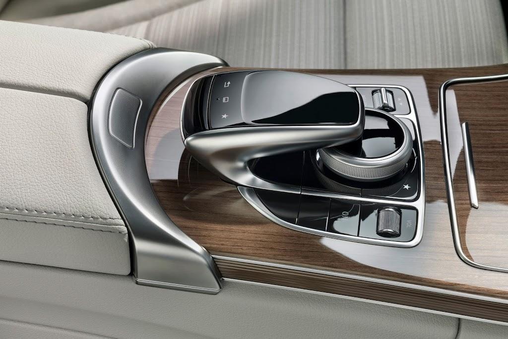 2014-Mercedes-C-Serisi-30