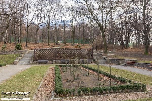 Ogród Różany w Parku Miejskim w Wałbrzychu