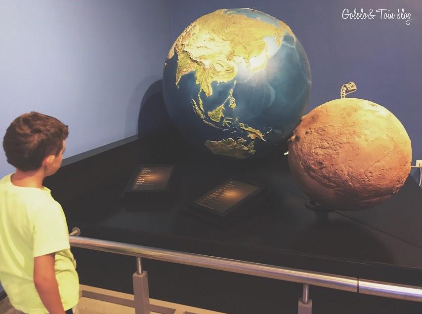 Planetario de Pamplona en el parque Yamaguchi