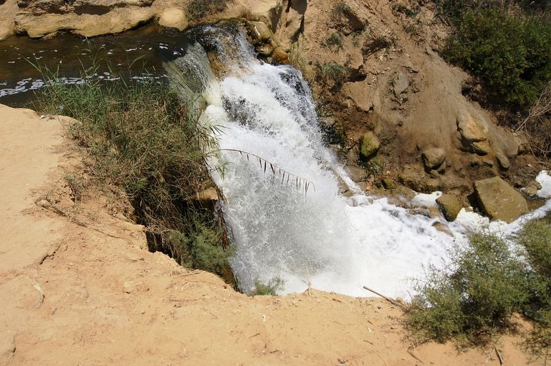 wadi-el-rayan-waterfalls-2