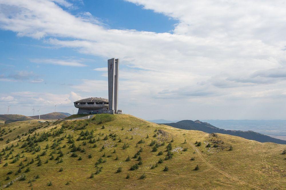 buzludzha-monument-3
