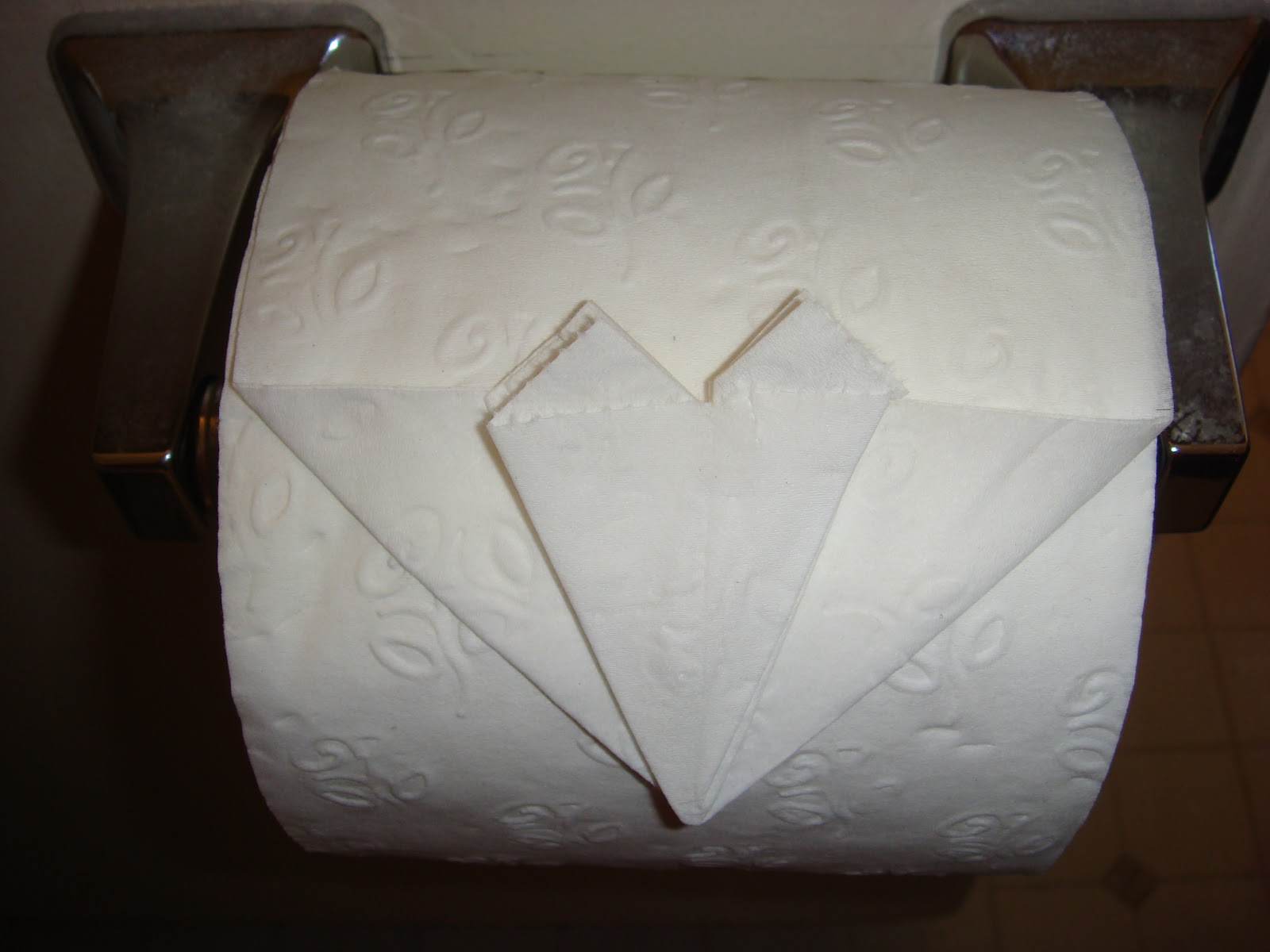 Toilet Paper Origami Heart - Amypayroo - photo#37