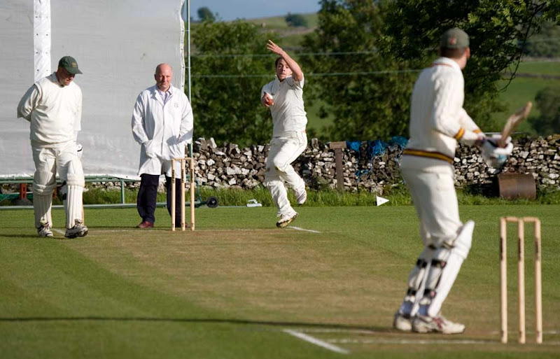 Cricket-2011-Sutton1
