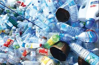Collecte de près de 10 tonnes de bouteilles et sacs en plastique