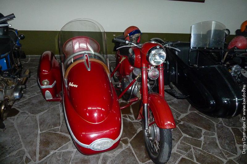 Мотоцикл Ява 350 с мотоколяской