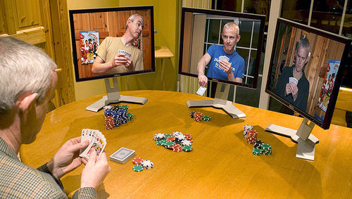 El desarrollo de los juegos en línea on línea se despliegan en tecnologías libres