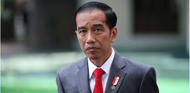 Jokowi Didorong Bentuk Tim Independen Untuk Periksa Menteri Yasonna