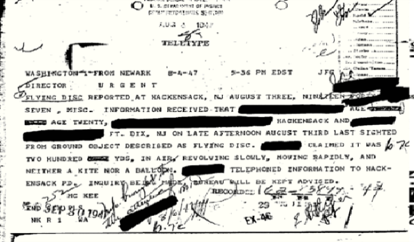 O FBI declara documentos provando que os OVNIs e os seres do outro mundo são reais 03