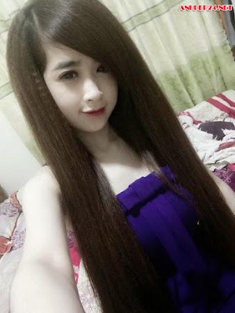Hot girl Tiểu Linh