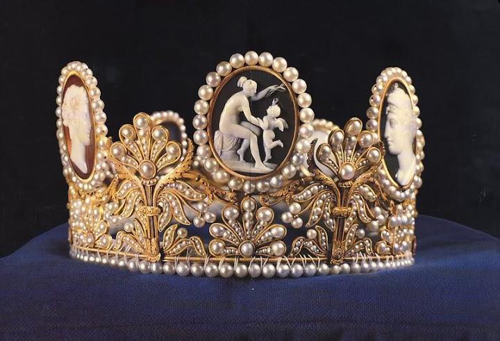 Joyas de la familia real Sueca SwedenCameoTiara