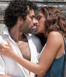 Camila Pitanga - Eu receberia as piores notícias dos seus lindos lábios