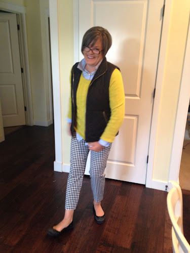 Fashion Friday Old Navy houndstooth pants, fashion for 50 somethings