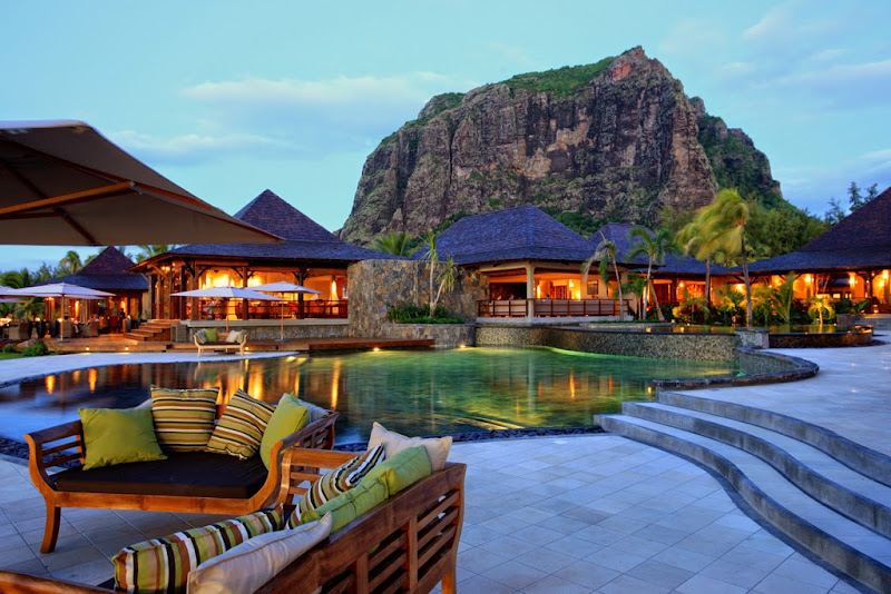 LUX Le Morne - LLM_Pool_Main_1.jpg
