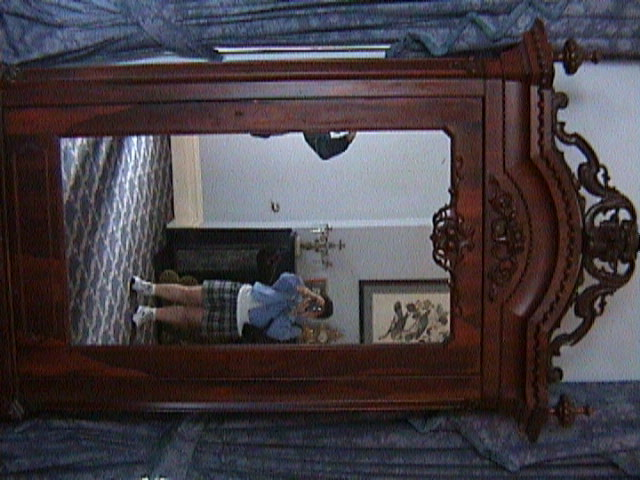 0870Inside_a_Southern_Mansion_-_New_Orleans