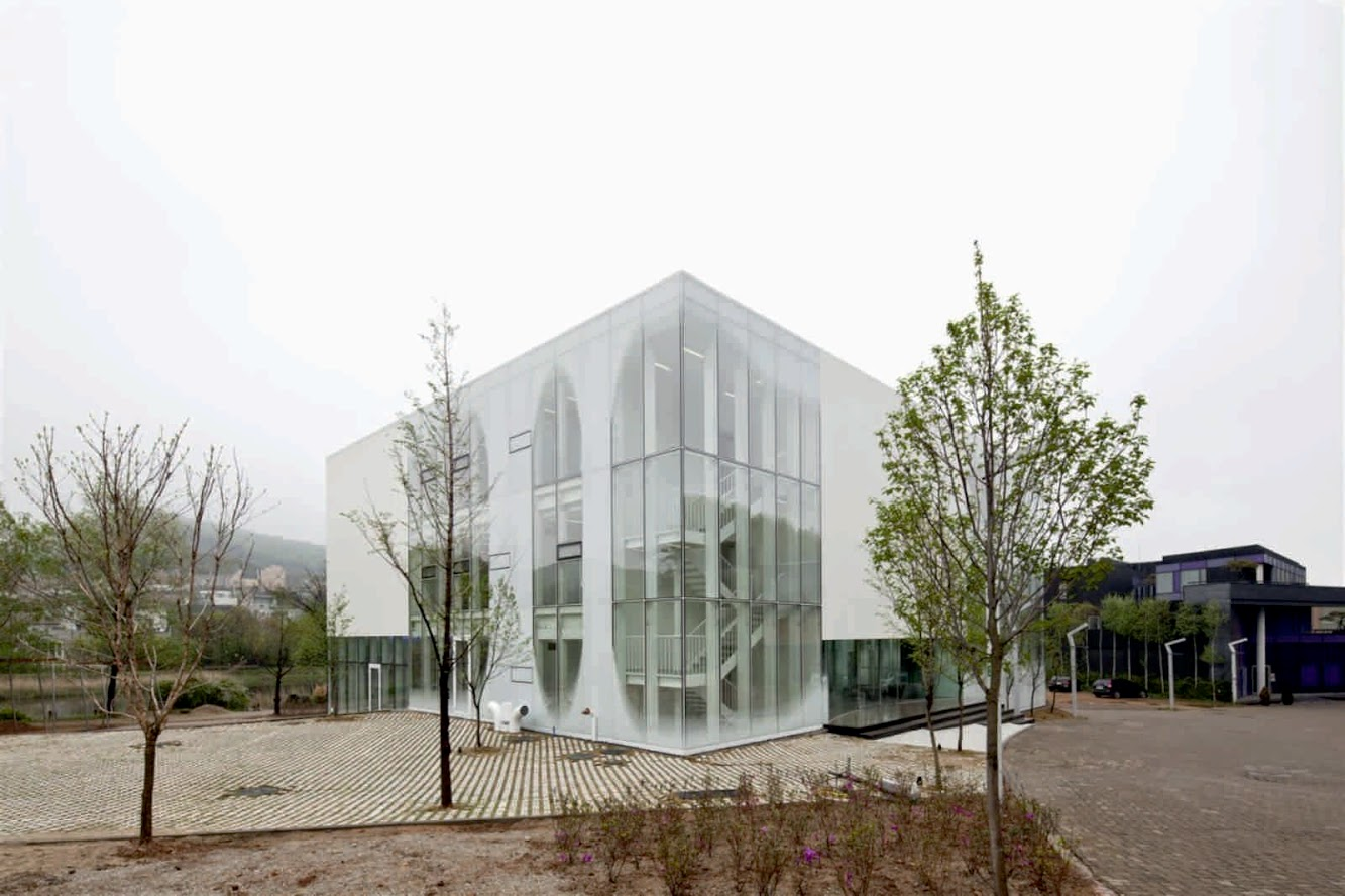 Corea del Sud, Gyeonggi, Paju-si, Tanhyeon-myeon, Beopheung-ri, 헤이리 문화예술마을: White Block Gallery by Ssd Architecture